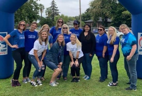 pto leaders posing after walk a thon